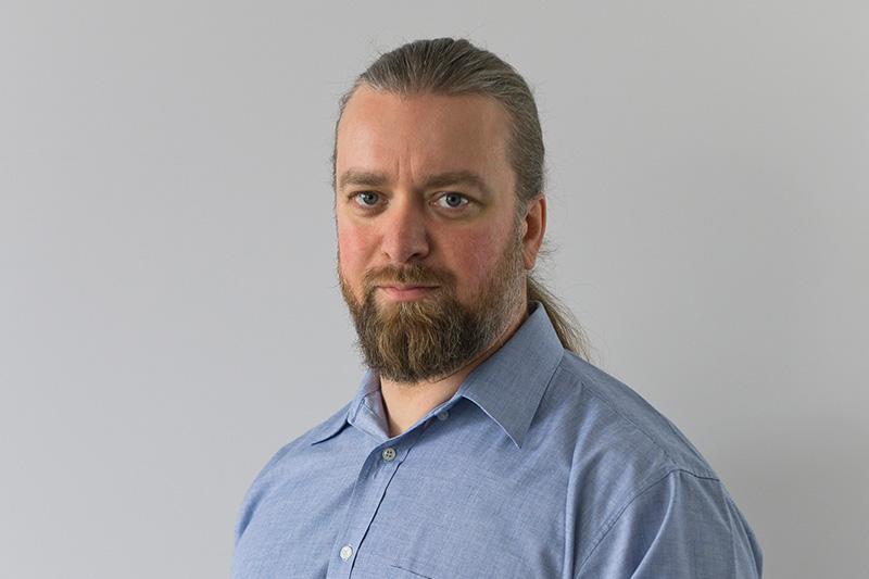 Dennis Kahl, Zahntechnikermeister bei Rißmann Zahntechnik in Köthen