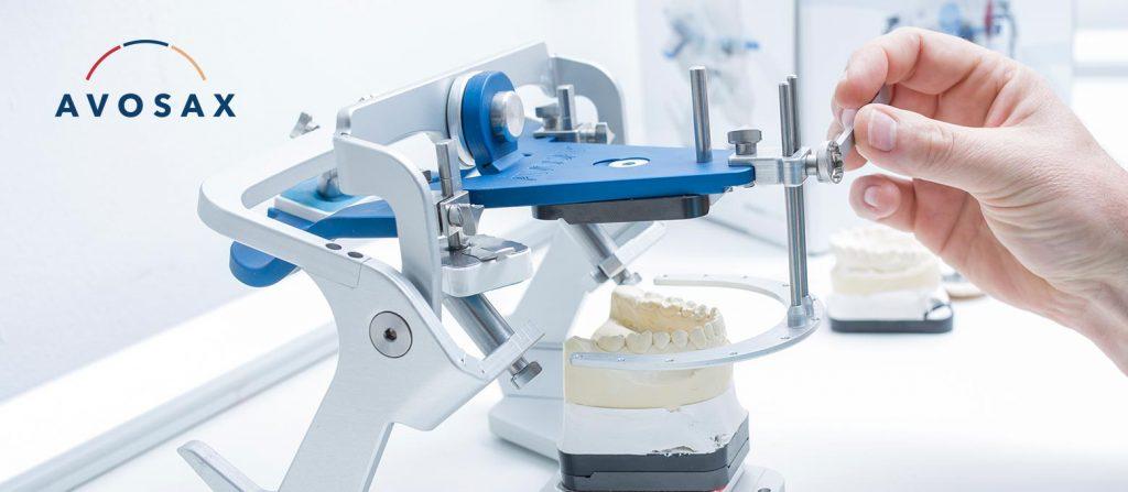 Rißmann unterstützt Zahnärzte bei der Funktionsanalyse mit den Regristriersystemen Avosax und IPR.